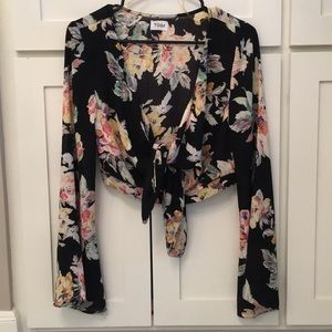 Floral crop top with bell sleeves